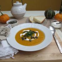 Gosta in kremna bučna juha