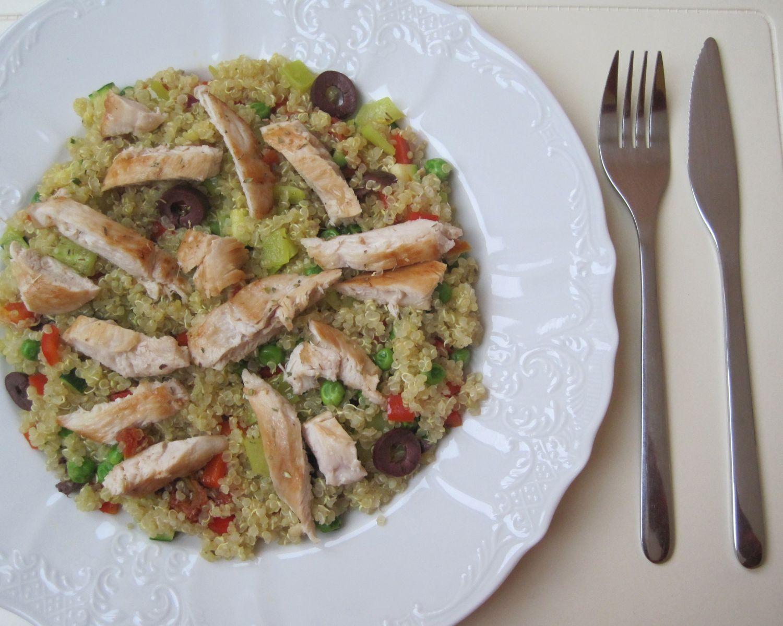 Zelenjavna kvinoja s pičančjim mesom