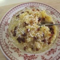 Prosena kaša z jabolčno čežano, kokosom in suhimi brusnicami