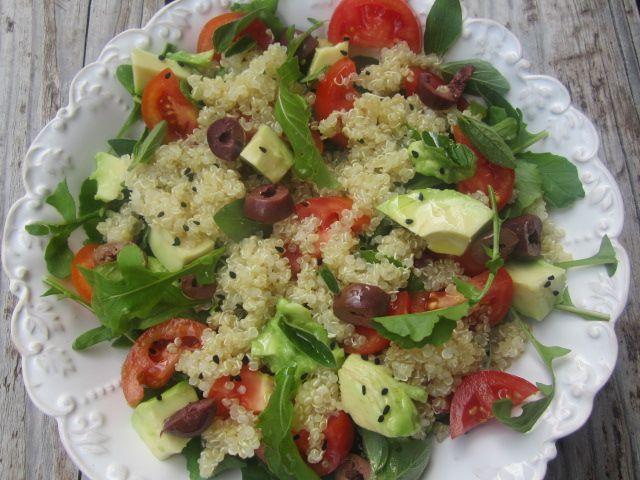 Kvinoja v solati