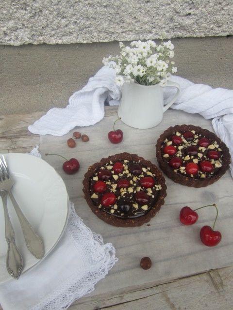 Čokoladna pita s češnjami