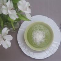 Ekotični smoothie z zelenjem iz domačega vrta