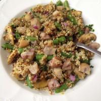 Pisana kvinoja s šampinjoni, stročjim fižolom in kuhanim kostanjem