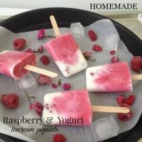 Malinine sladoledne lučke z jogurtom in javorjevim sirupom