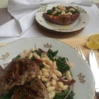 Jagenjček z belim fižolom, kodrolistnatim ohrovtom ter na soncu sušenimi paradižniki ter pečen in polnjen sladki krompir