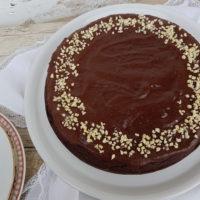 Čokoladno mandljeva torta s kvinojo