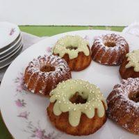 Mandljevi čajni kolački s sladko matcho