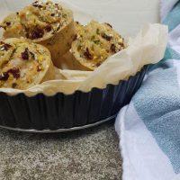 Špinačni muffini s sirom, bučkami in suhim paradižniki
