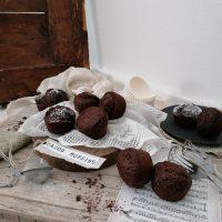 Kavno rožičevi muffini s cimetom (in to brez kave)