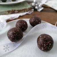 Presne čokoladno metinine kroglice